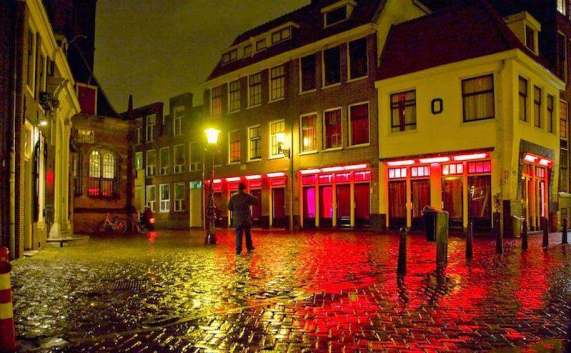 Red Light District Amsterdam Tours Old Church