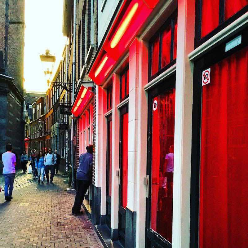 The current situation of tourism economy in amsterdam for Amsterdam economica