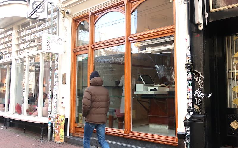 Best coffeeshops in Amsterdam boerejongens center