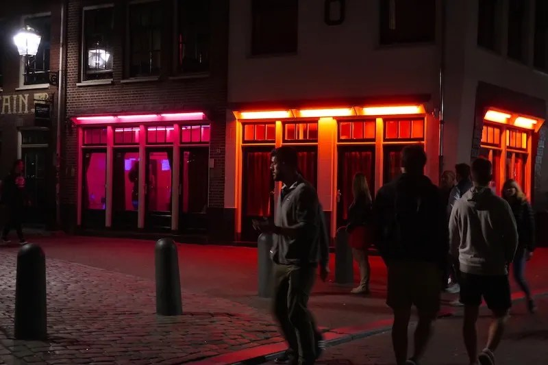 Amsterdam Red Light District windows closure