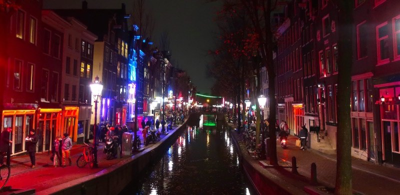 red light district holland prices