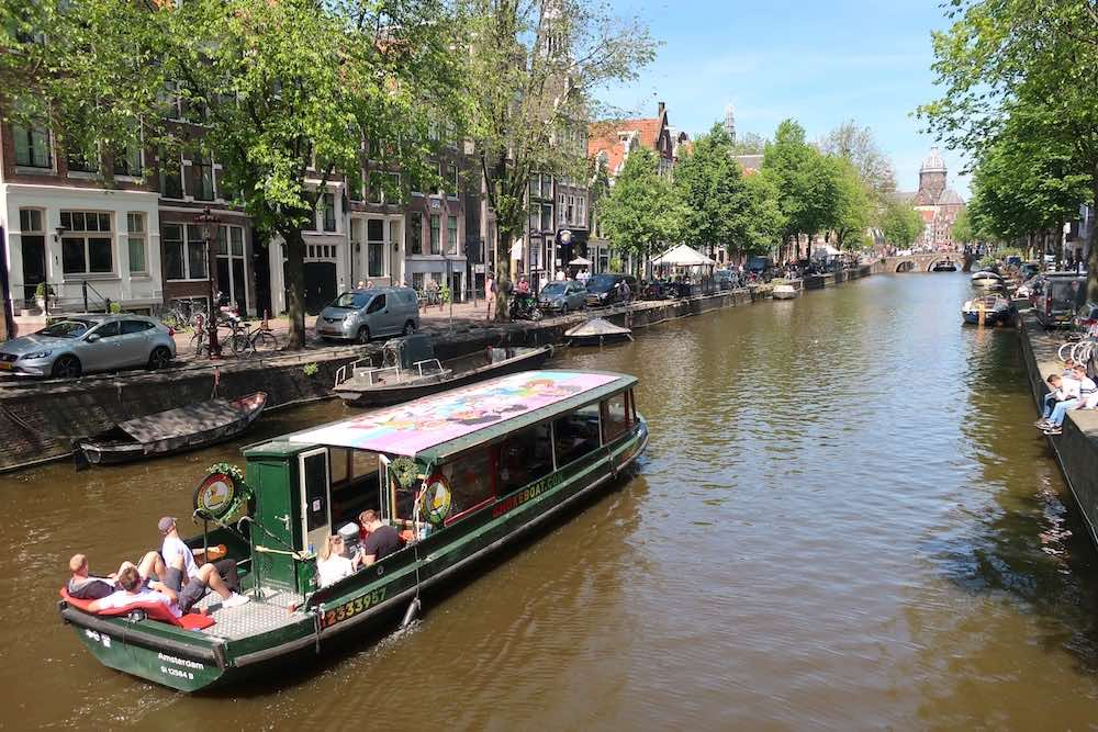 book Amsterdam Smoke Boat Tours