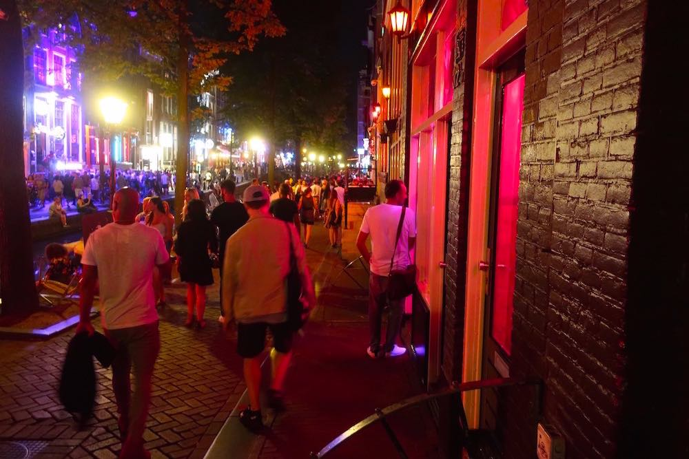 Amsterdam red light district ban 2020
