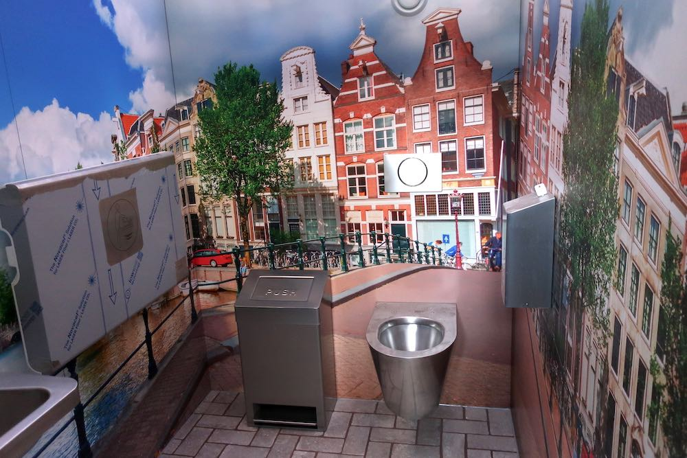 Amsterdam toilet finder