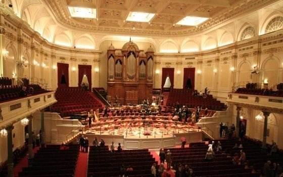 4776_fullimage_m&c_showcase_amsterdam_concertgebouw_560x350_560x350