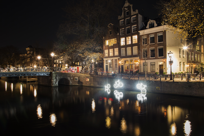 Copyright: Janus van den Eijnden