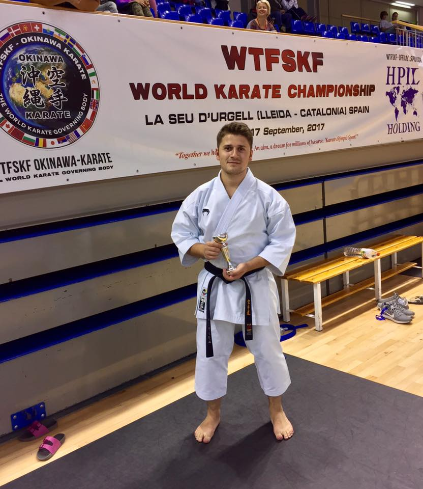 Rémi Sankey gagne le bronze en Kata