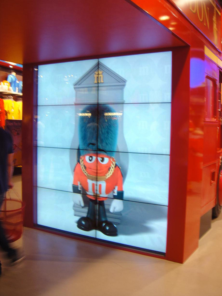 image of video walls display by www.amtmedia.co.uk