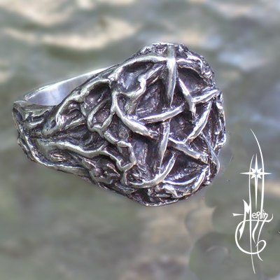 Root and Star Ring