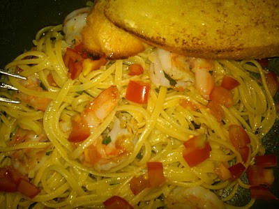 Dinner for One: Garlic Shrimp Linguine with Broiled Buttery Baguette
