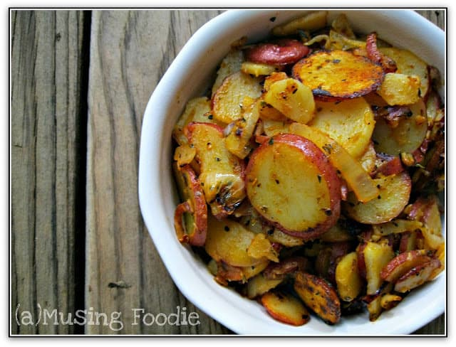 Rustic Skillet Potatoes with Paprika