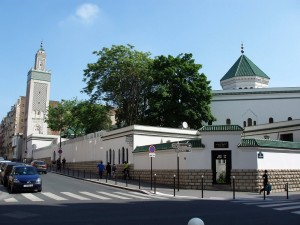 The Great Mosque, Paris  Finding A Mosque And Halal Food In Paris 09