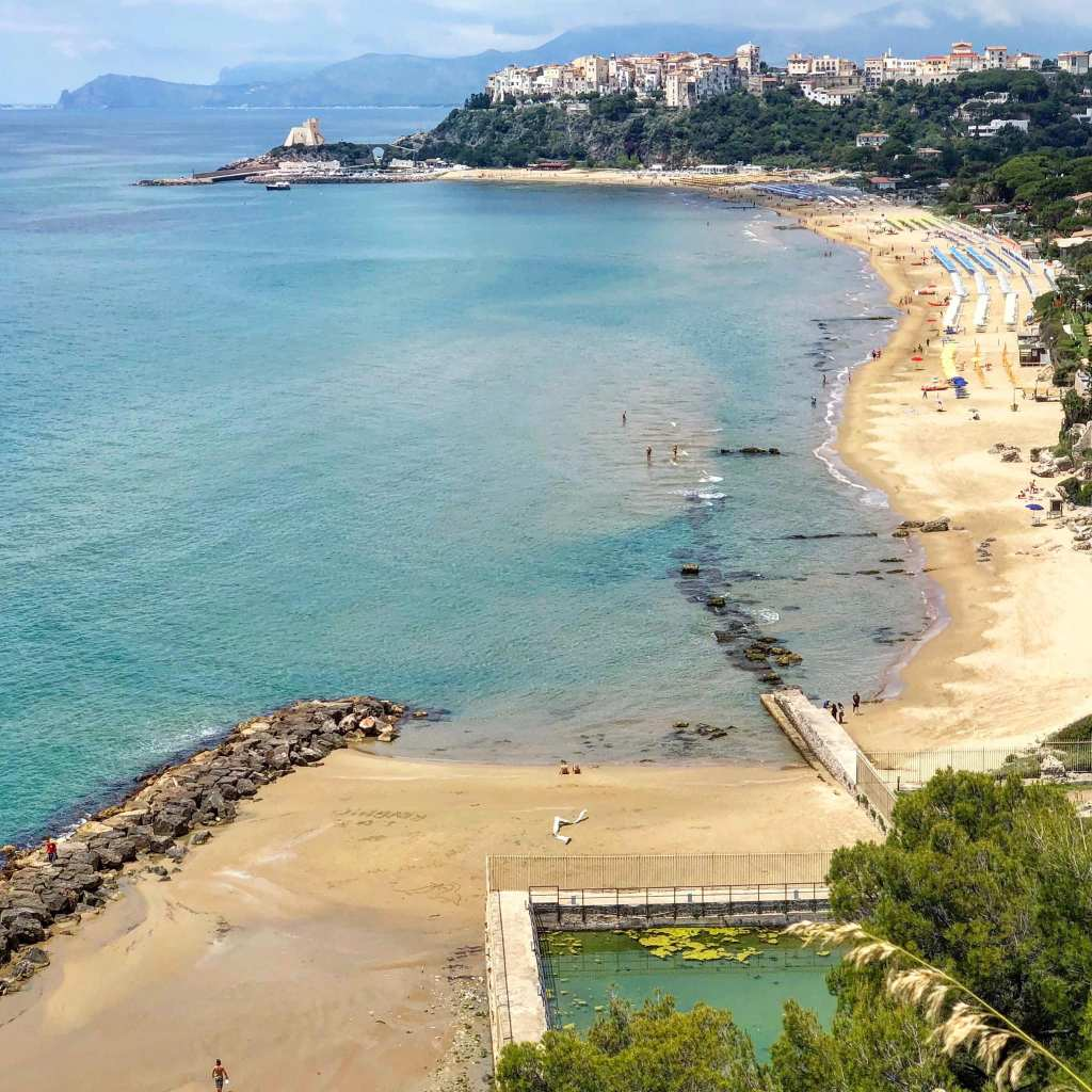 Sperlonga, a day trip from Rome or Naples