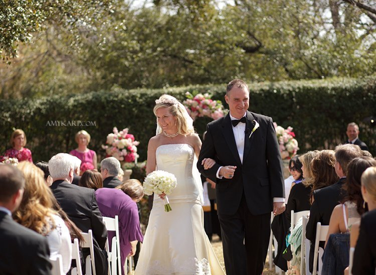 dallas wedding photographer at the aldredge house anne and eddie (12)
