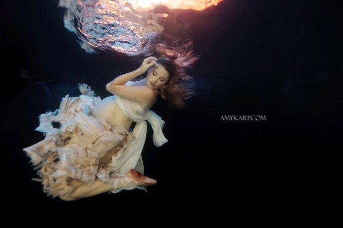 dallas underwater maternity photography by wedding photographer amy karp (7)