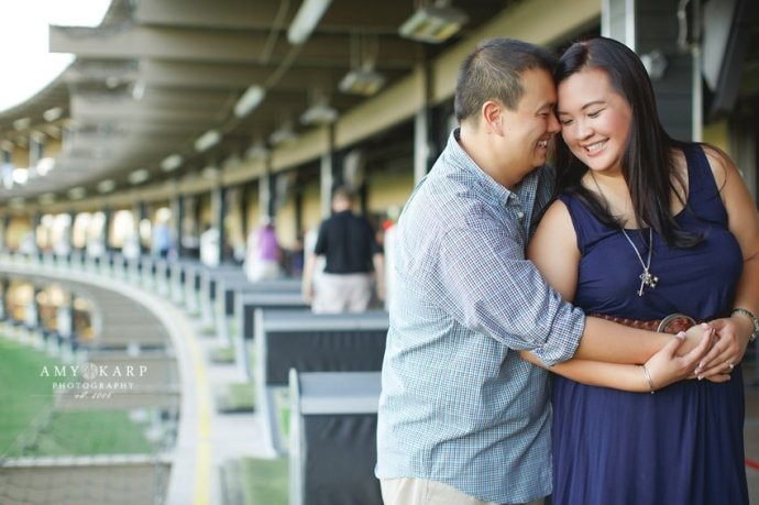 dallas-wedding-photographer-top-golf-engagement-session-007