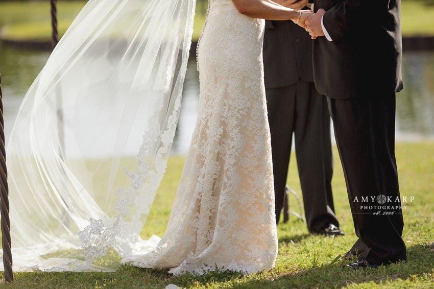 dallas-wedding-photographer-outdoor-wedding-kara-danny-024