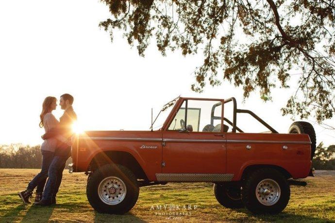 dallas-wedding-photographer-mckinney-cotton-mill-engagement-ford-bronco-ashley-aaron-031