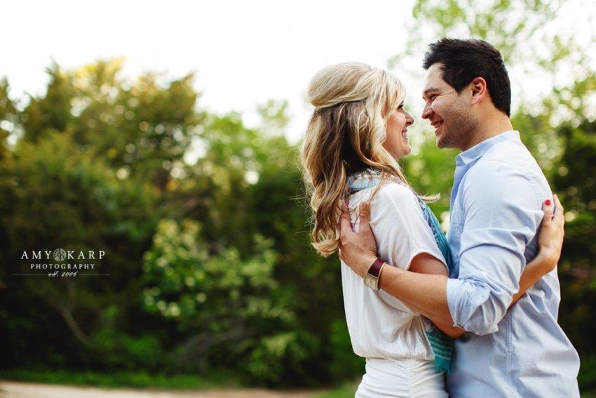 dallas-wedding-photographer-bishop-arts-engagement-session-jessica-daniel-29