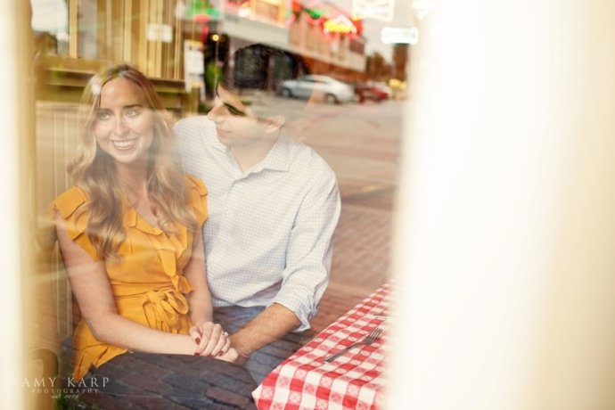 dallas-wedding-photographer-oyster-bar-engagement-session-14