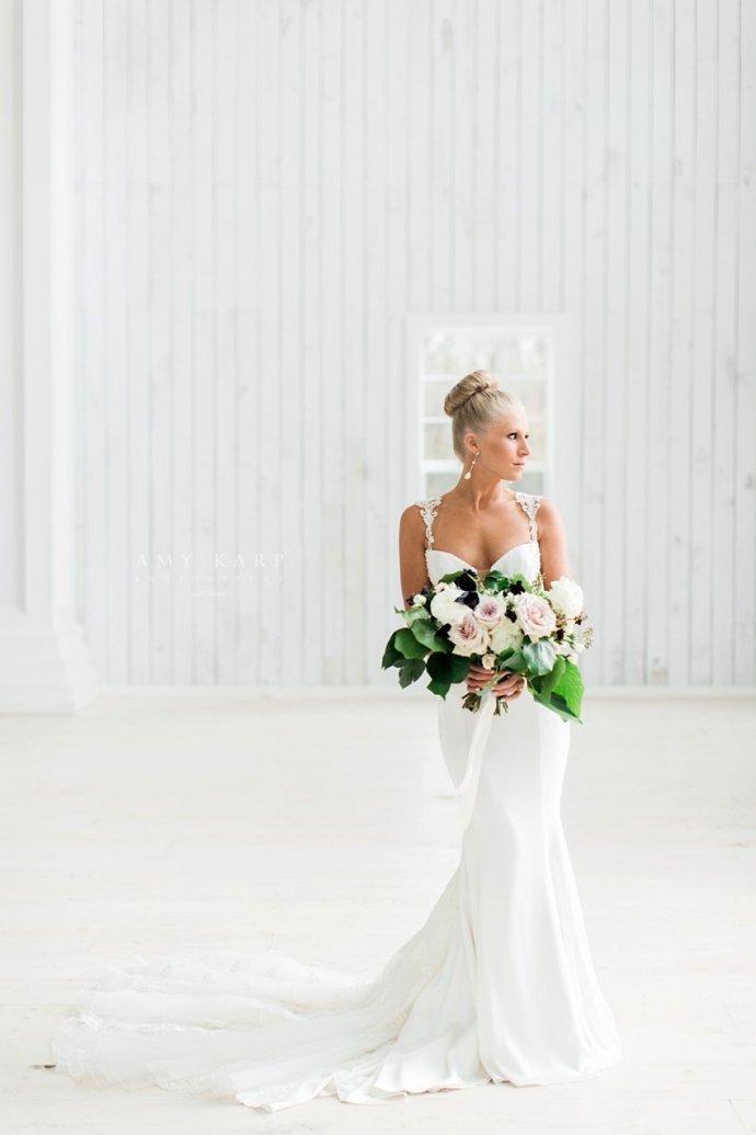dallas-wedding-photography-white-sparrow-barn-bridal-portraits-02