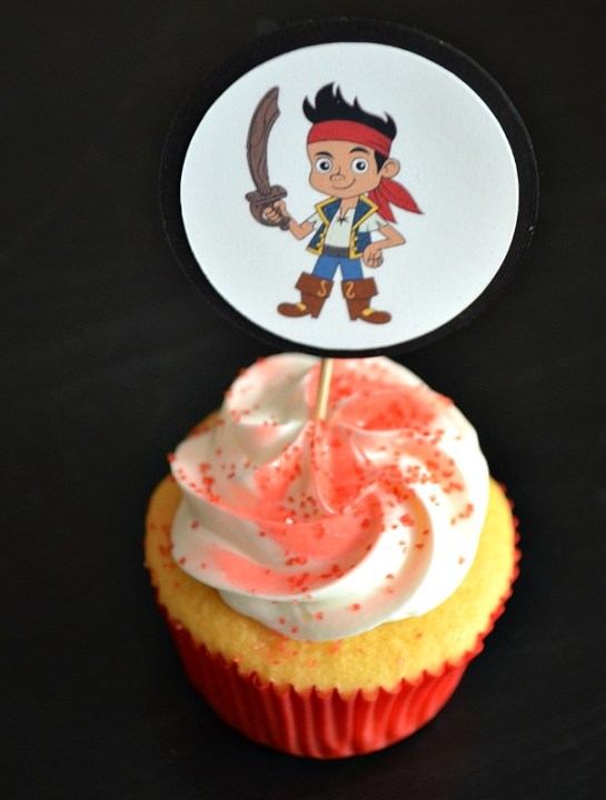Jake pirate cupcakes