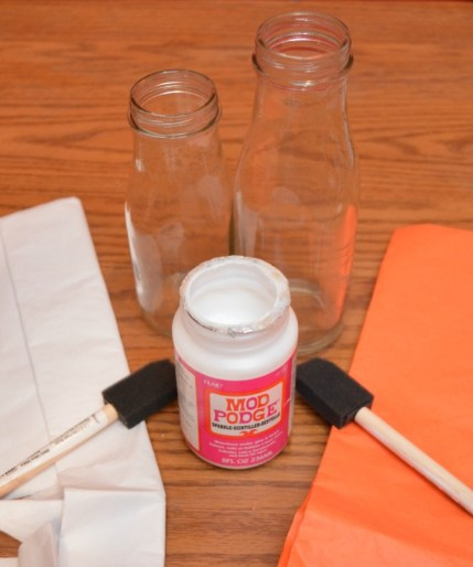 Quick Halloween Craft: Boo Bottles