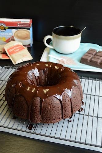 Hot-Chocolate-Bundt-Cake-2