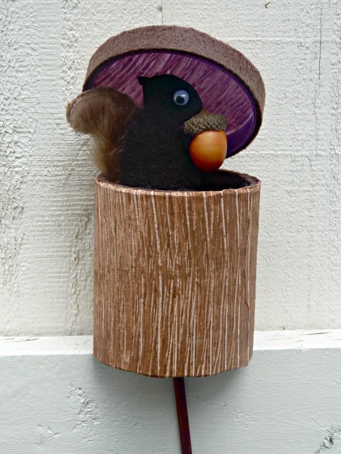 Peek-a-Boo Squirrel Puppet