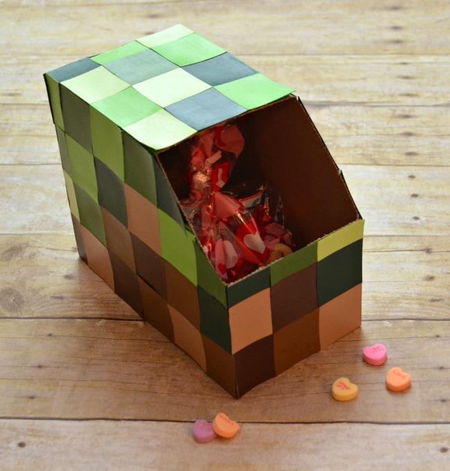 Minecraft Valentine Mailbox