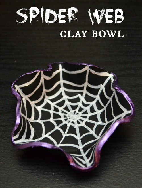 Spider Web Clay Bowl