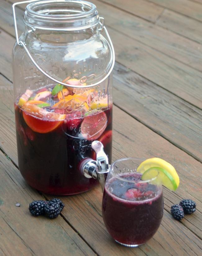 Easy Blackberry Sangria