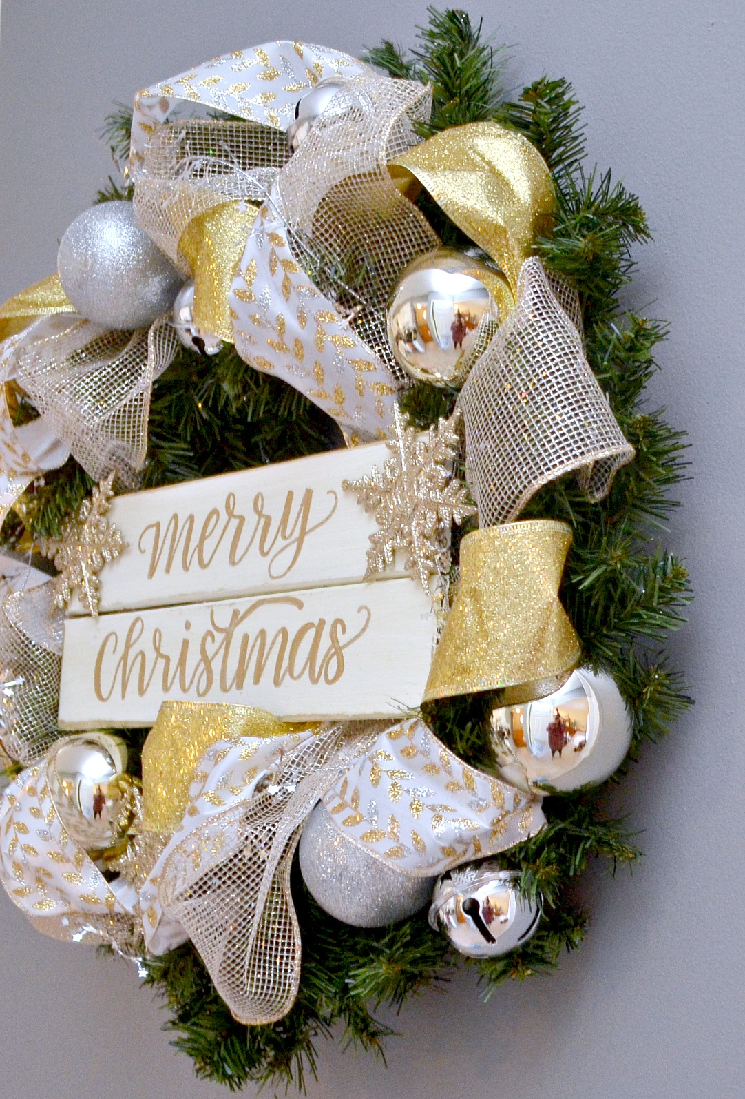 Metallic Hand Lettered Christmas Wreath