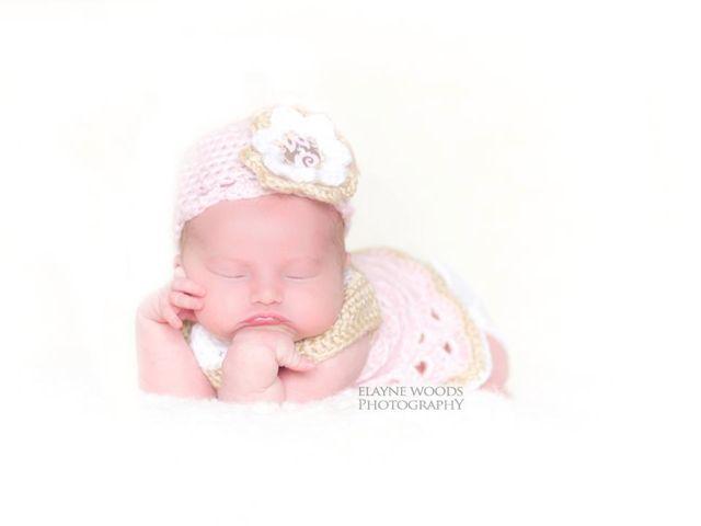 Newborn photo by Elayne Woods photography
