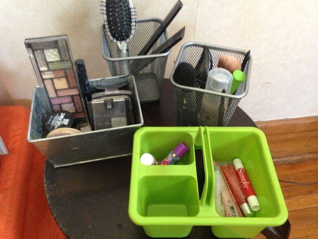 containers for makeup