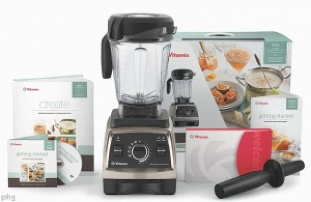 Vitamix Professional Blender and accessories