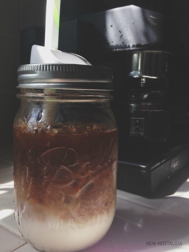 mason jar of cinnamon maple iced latte