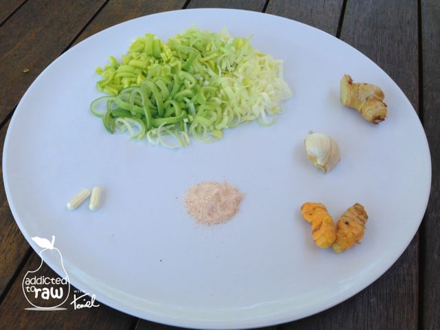 Addicted-To-Raw-Teniel-Moore-wwwTenielCom-Ginger-Garlic-And-Turmeric-Sauerkraut-2-WMP-27072014