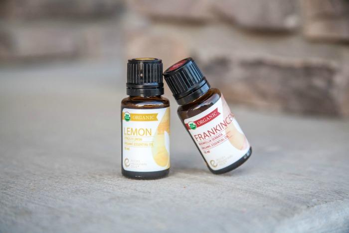 lemon and frankenscense organic essential oils