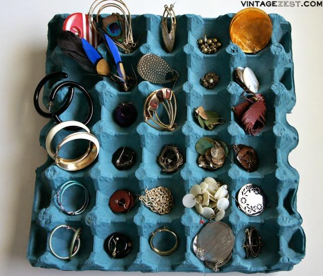 DIY Jewelry Organization 10