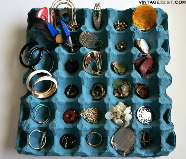 DIY Jewelry Organization 10