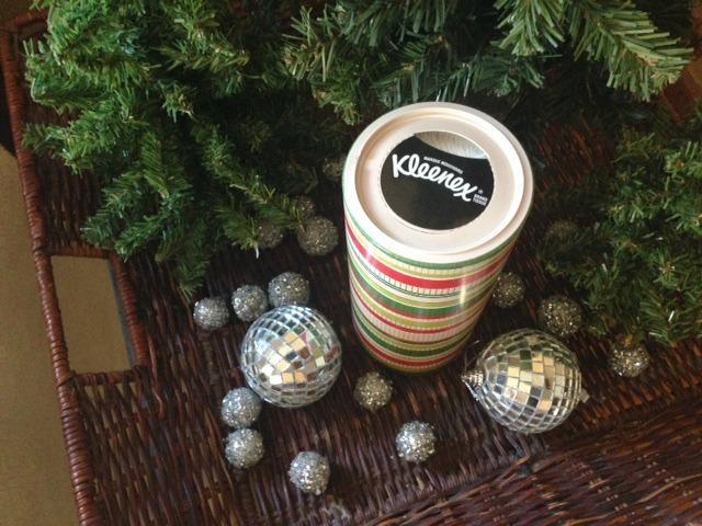 Kleenex-Christmas -canister