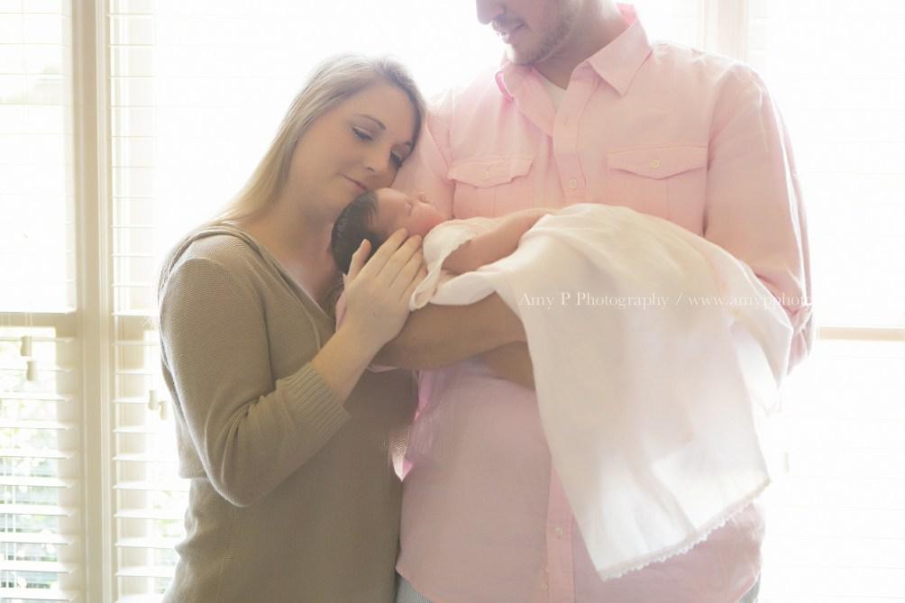newborn-baby-family