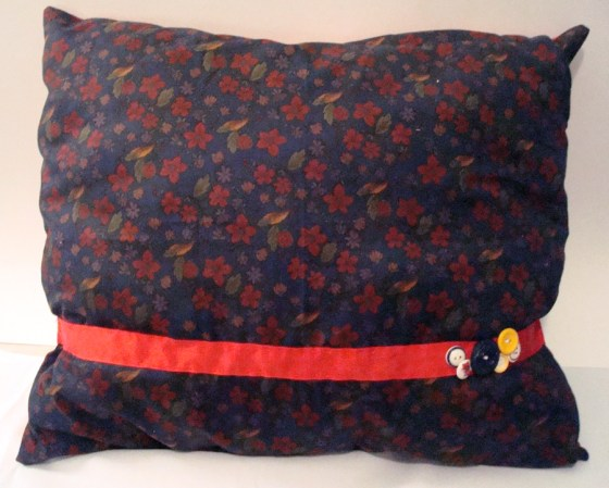Lanette Pillow- amy+mayd