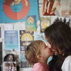 Kiss for mama