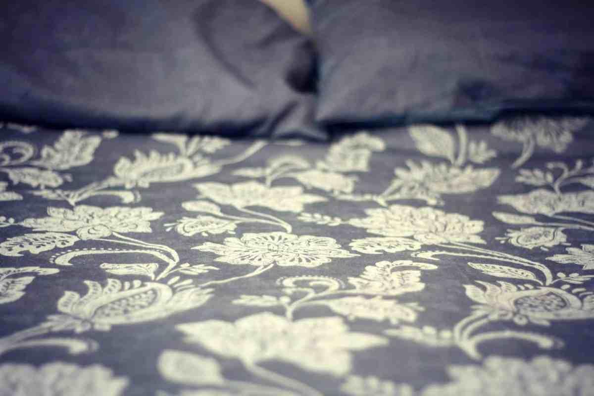 Julian Charles Portofino luxury bedding in blue with a jacquard design