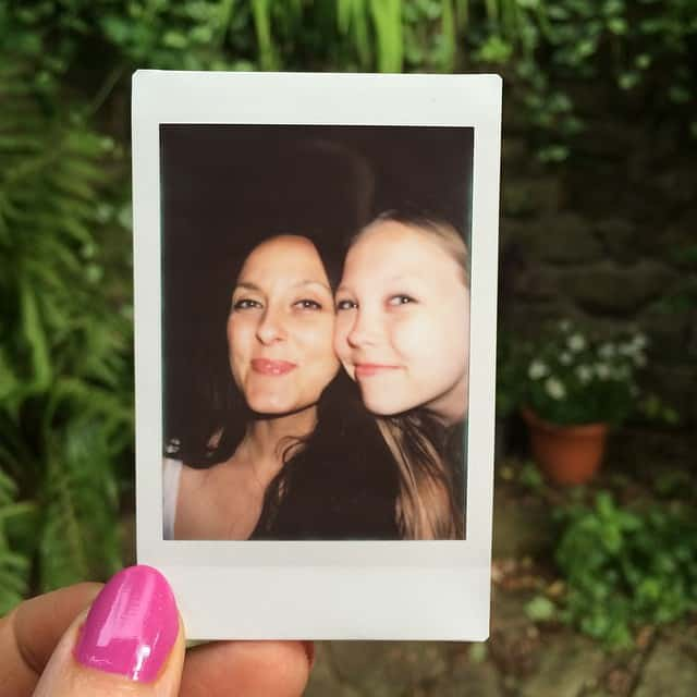 polaroid pic of mama and daughter