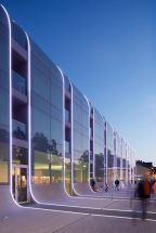 Stunning Glass Facade Building and Architecture Concept 19