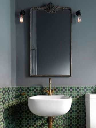 Vintage and Classic Bathroom Tile Design 48