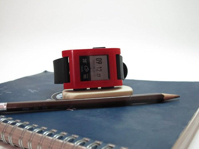 Pebble Watch Classic ยุคแรกเริ่มของ Smart Watch ที่ยังไปได้ดี